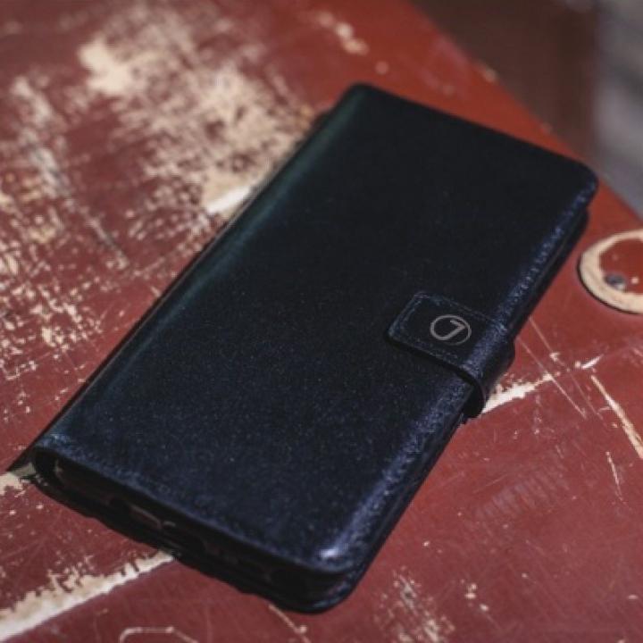 Кожаный чехол книжка Klassika от Jitnik для iPhone 8, черный